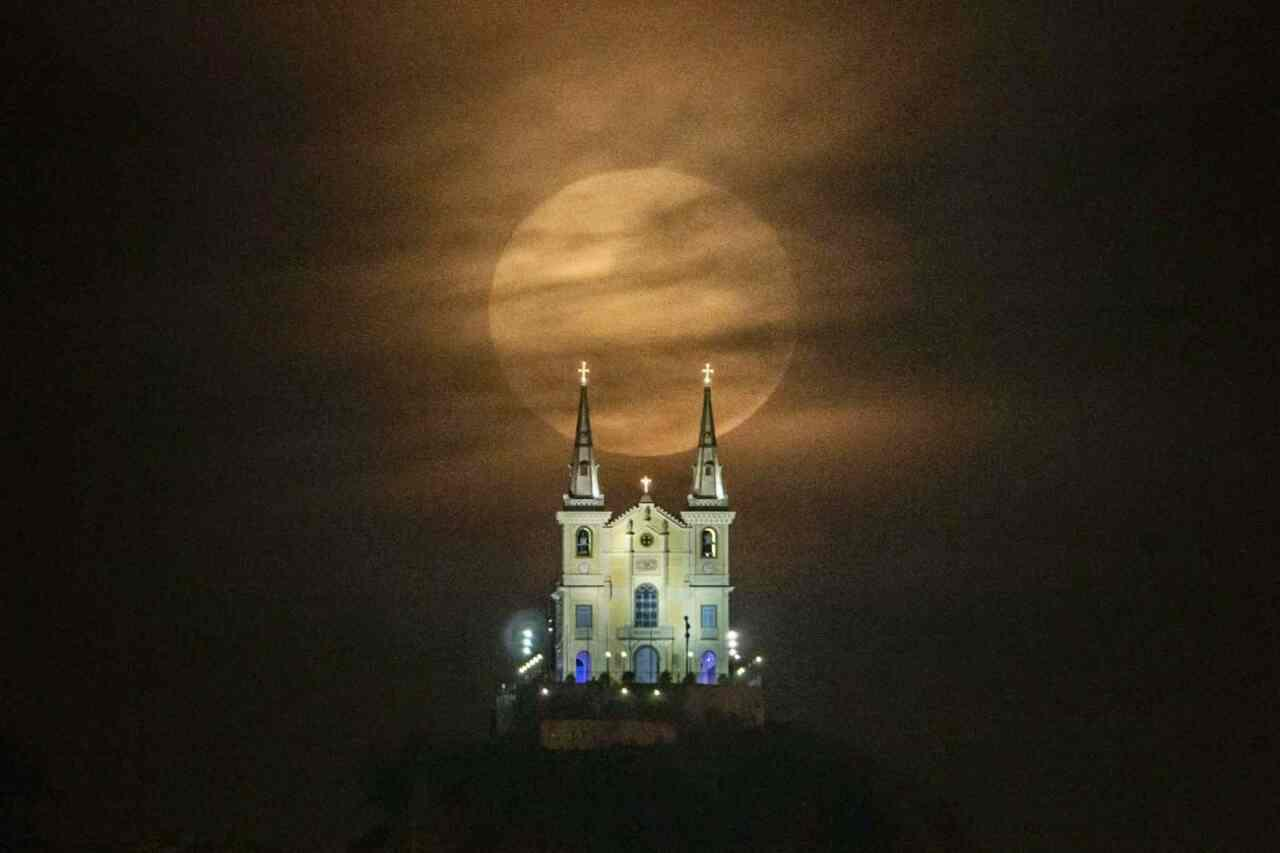 ابر ماه بسیار جالب در ریودوژانیرو - برزیل