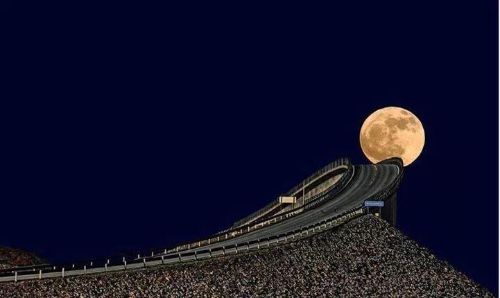 عکاسی از ابر ماه