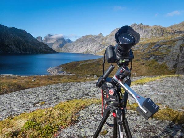 ردیاب ستاره My Fornax Mounts LighTrack II آماده عکاسی در کوههای Lofoten